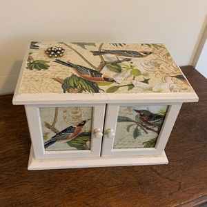 Bird Lovers Jewelry Box
